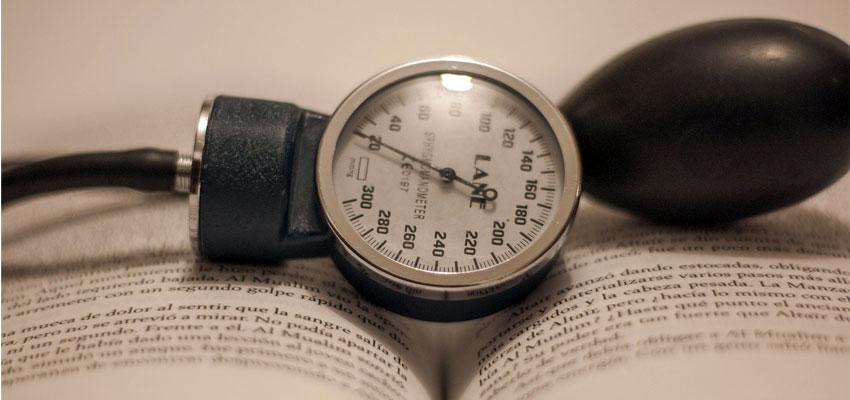 Niedriger Blutdruck: Symptome & Therapie